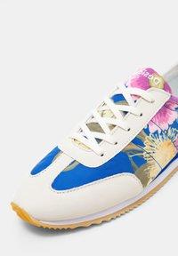 Desigual - Baskets basses - blue - 6