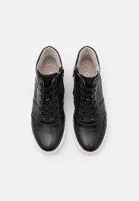 Gabor - High-top trainers - schwarz - 5