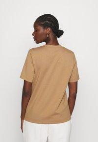 ARKET - Jednoduché triko - beige - 2