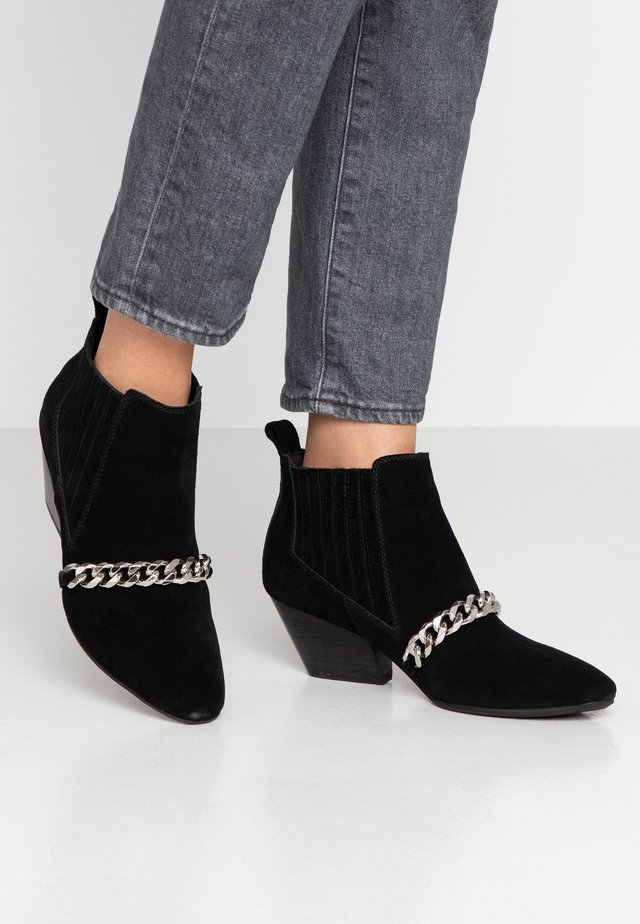 CLEO SHOE CHAIN  - Ankle boots - black
