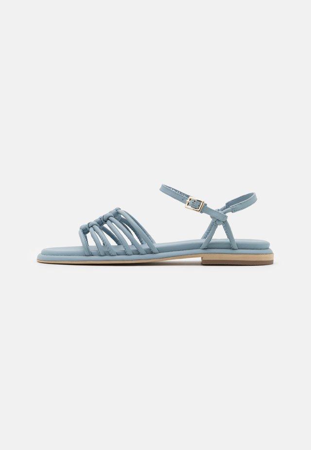 Sandali - edo cielo