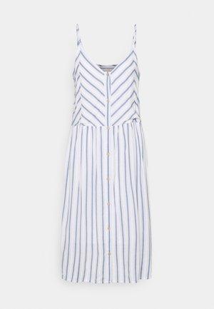 FQDEA STRAP - Denní šaty - chambray blue