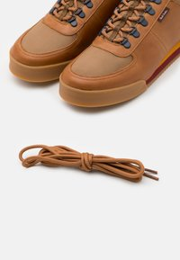 PS Paul Smith - HARLAN - Trainers - tan - 5