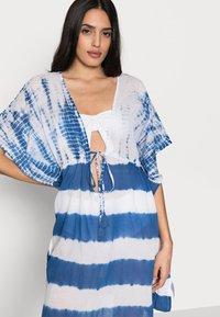 ONLY - ONLLONNY BEACH TUNIC - Beach accessory - cloud dancer/blue - 3