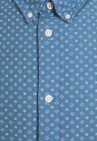 Selected Homme - SLHSLIMHART - Skjorta - light blue - 2