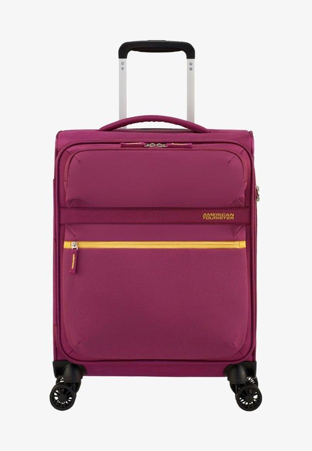 MATCHUP - Wheeled suitcase - deep pink