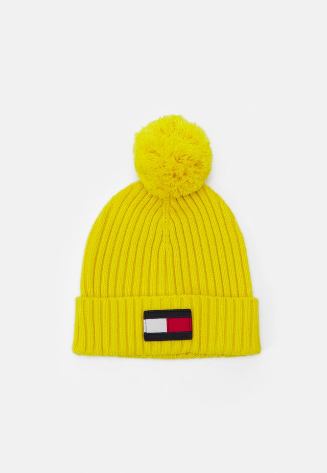 BIG FLAG BEANIE POM POM - Muts - yellow