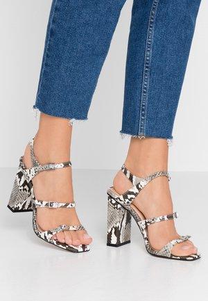 STRAPPY - Sandály na vysokém podpatku - grey