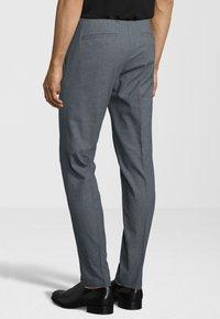Cinque - HOSE CIBRAVO - Suit trousers - marine - 2