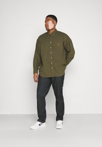 Polo Ralph Lauren Big & Tall - LONG SLEEVE SPORT SHIRT - Shirt - defender green - 1