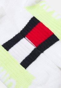 Tommy Hilfiger - KIDS SNEAKER SPORT 4 PACK UNISEX - Socks - white - 1