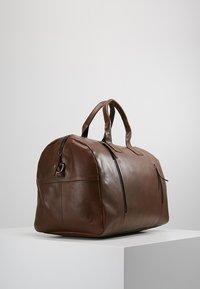 Still Nordic - CLEAN BAG - Weekend bag - brown - 3