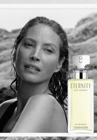 Calvin Klein Fragrances - CALVIN KLEIN ETERNITY FOR HER EAU DE PARFUM - Perfumy - - - 5