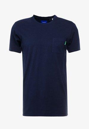 CLASSIC POCKET TEE - Basic T-shirt - navy