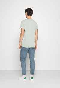BDG Urban Outfitters - DAD - Jeans Tapered Fit - light wash - 2