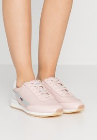 HUGO - AMY LACE UP - Sneakers - pastel pink - 0