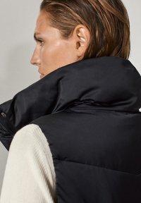 Massimo Dutti - Waistcoat - black - 6