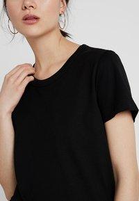 Weekday - KATE - Print T-shirt - black - 4