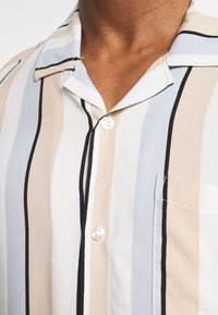 Pier One - Shirt - beige - 4