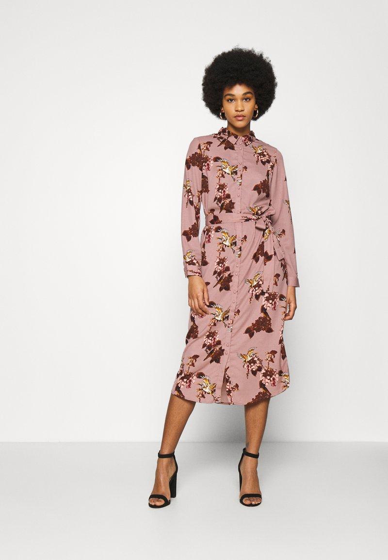Vero Moda - VMCRANE DRESS - Blousejurk - woodrose