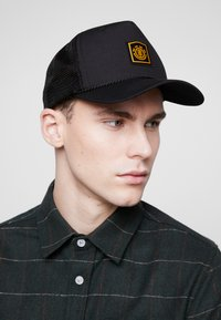Element - WOLFEBORO TRUCKER - Caps - flint black - 1