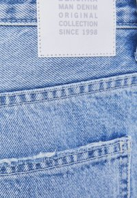 Bershka - Shorts di jeans - light blue - 5