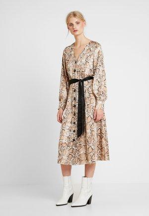 JESSICA DRESS - Maxi šaty - sandshell