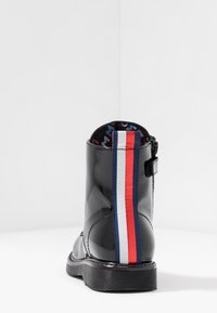 Tommy Hilfiger - BOOT - Veterboots - black - 4
