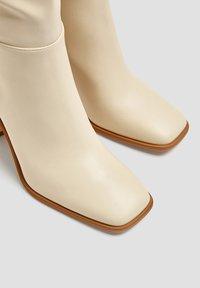 PULL&BEAR - Boots - beige - 4