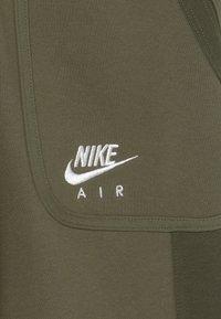 Nike Sportswear - AIR - Pantalones deportivos - medium olive/cargo khaki/white - 2