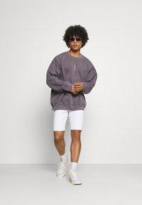 Only & Sons - ONSPLY LIFE  - Denim shorts - white denim - 1