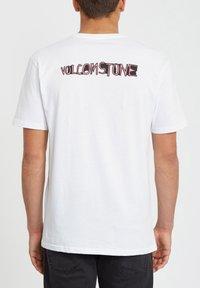 Volcom - WIGGLY  - Print T-shirt - white - 1