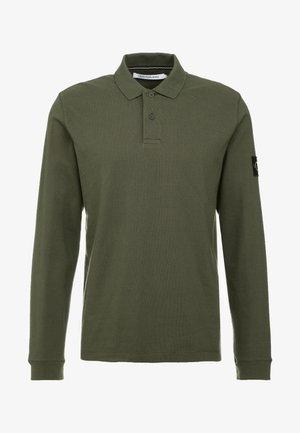 MONOGRAM BADGE - Polo shirt - deep depths