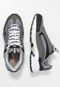 Skechers Sport - STAMINA - Sneakersy niskie - charcoal/black - 1