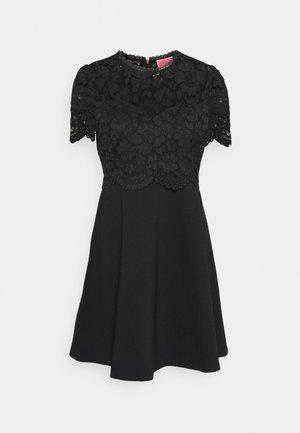 BODICE PONTE DRESS - Denní šaty - black