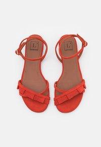 L'Autre Chose - FLAT - Sandals - siam - 4