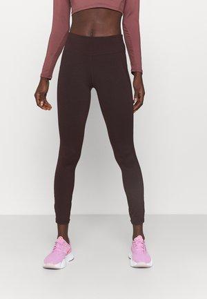 ALL DAY LEGGINGS - Leggings - black cherry purple
