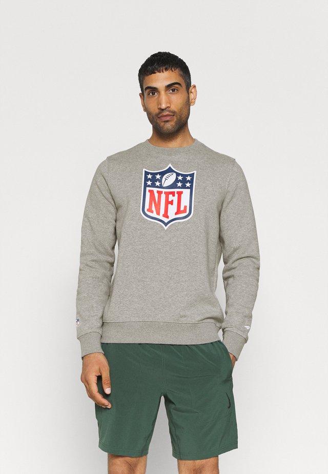 NFL MID ESSENTIALSPRIMARY COLOUR LOGO GRAPHIC CREW - Mikina - sports grey
