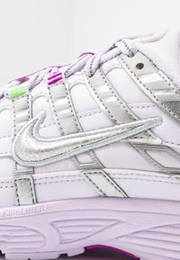Nike Sportswear - P-6000 - Sneakers - barely grape/metallic silver/hyper violet/electric green - 2