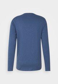 Redefined Rebel - GUTI TEE - Långärmad tröja - dark denim - 8