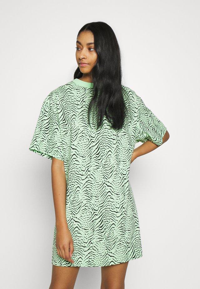 KATALIN DRESS - Jersey dress - green ash/black