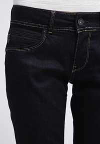 Pepe Jeans - NEW BROOKE - Slim fit jeans - rinsed denim - 4