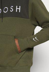 Nike Sportswear - HOODIE - Hoodie - twilight marsh/white - 5