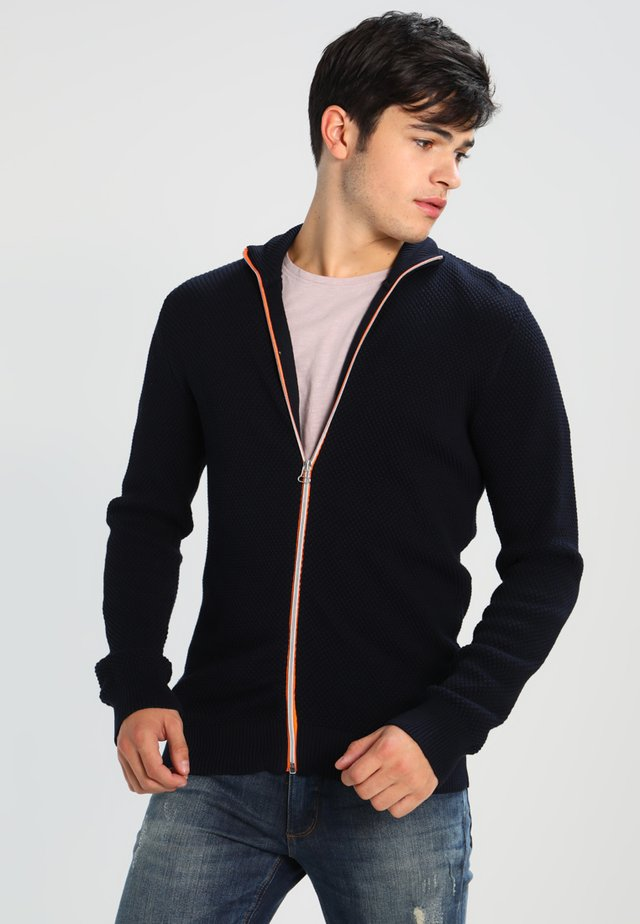 ERIK ZIP - Chaqueta de punto - navy/orange