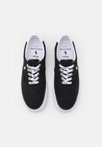 Polo Ralph Lauren - THORTON - Matalavartiset tennarit - black/white - 3