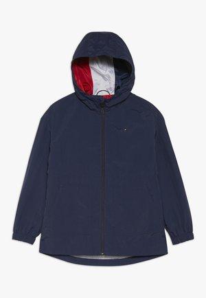 ESSENTIAL PACKABLE JACKET - Lehká bunda - blue