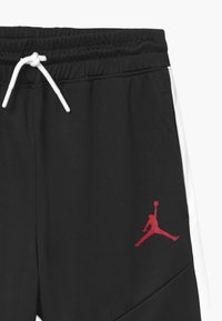 Jordan - JUMPMAN LAYUP - Sports shorts - black - 2