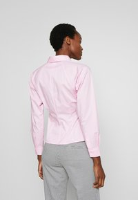 MAX&Co. - DESIO - Camisa - pink - 2