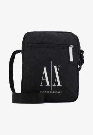 SMALL CROSSBODY BAG - Torba na ramię - black