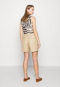Lauren Ralph Lauren - SHORT - Shorts - birch tan - 2
